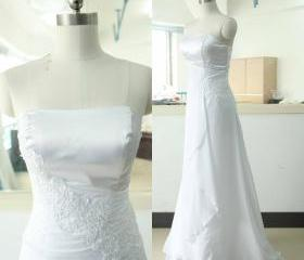 Strapless White Chiffon Bridesmaid Dress A-line Stock Satin Wedding gown Cheap Beach Bridal Gowns A-line Wedding dresses
