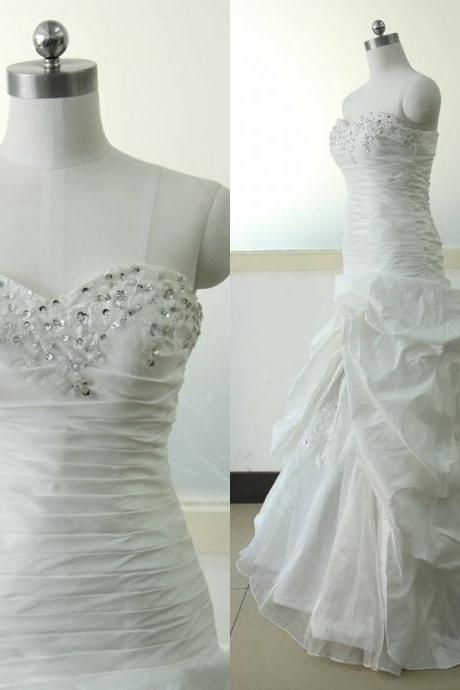 Stock Wedding dress White Taffeta Wedding dresses Beading Sequins A-line Sweetheart-neck Wedding Gowns Ivory Wedding dresses